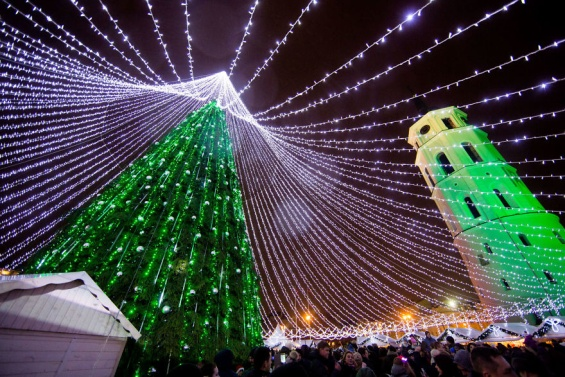 Божиќна елка