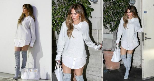 Шик стајлинг  Џенифер Лопез во комбинација со чизми