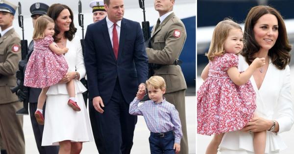 Војвотката Кетрин и принцот Вилијам со принцот Џорџ