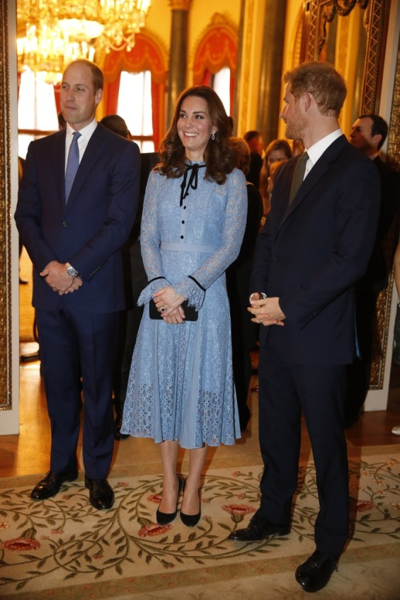 Војвотката Кетрин и принцовите