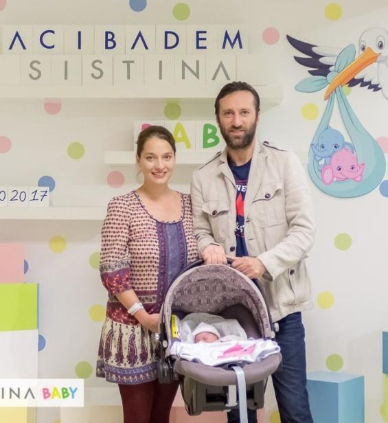 Сашко Коцев со семејството