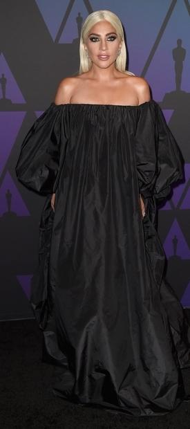 Ле�ди Гага во Valentino