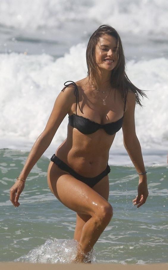 Алесандра Амбросио