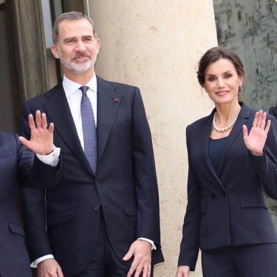 Кралицата Летиција и кралот Фелипе на средба со Макрон