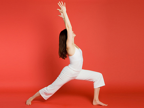 Жена што вежба јога - поза 3