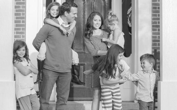 Џастин Риклефс со своето семејство