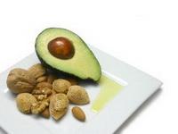 Авокадо, јаткасти плодови и маслиново масло